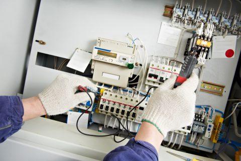 Mise aux normes et sécurité des installations électriques